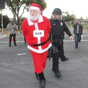 santa-claus-arrested-black-friday-walmart